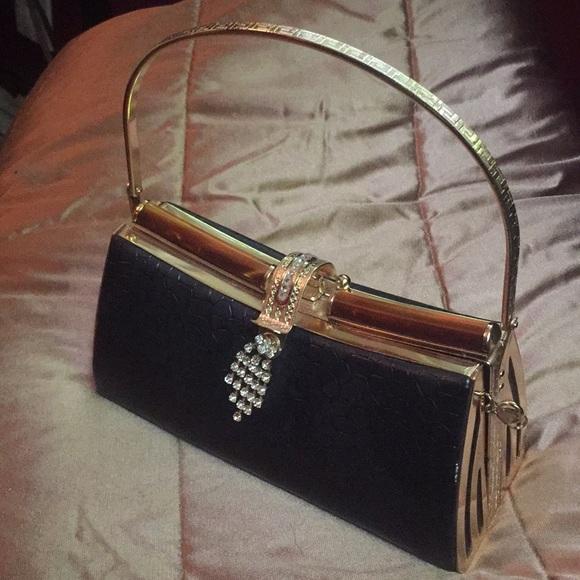 Bags   Black And Gold Vintage Hard Clutch   Poshmark 8e212f24af